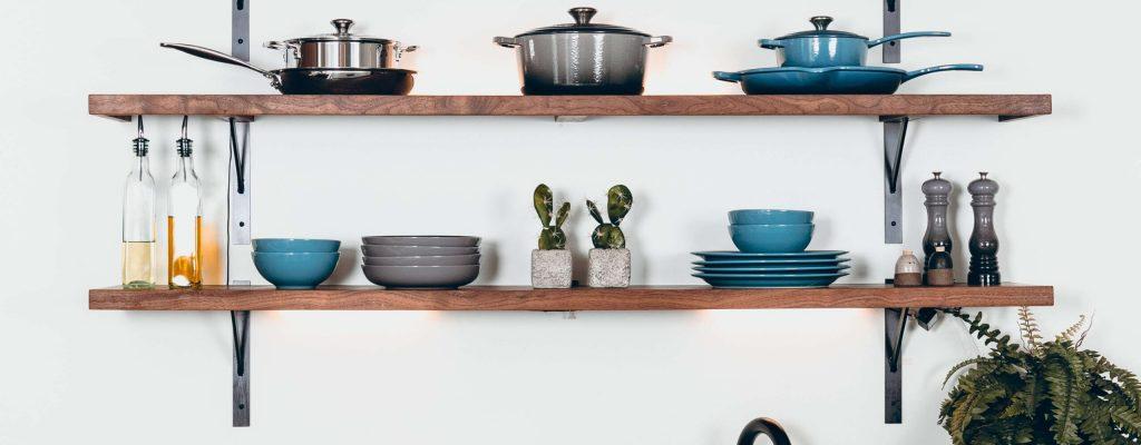 Kitchen tools and pots